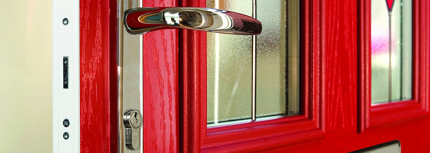 Our doors come with integrated locking systems to keep <br><strong> you & your family safe</strong>